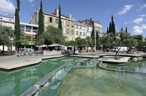 Cours Julien, fontaine (MICALEFF)