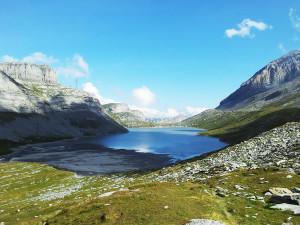 lago-montagna-medium