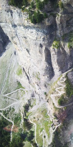 roccia-leukerbad-svizzera-medium