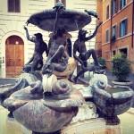 Roma-in-bici-Fontana-tartarughe-piazza-mattei-300