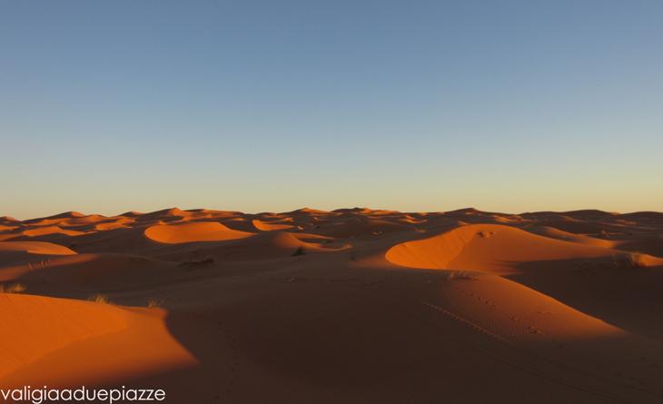 deserto-marocco-valigia-a-due-piazze