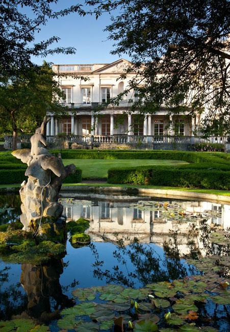 trovare-lavoro-nel-turismo-Glion-institute-of-Higher-education-Londra-600