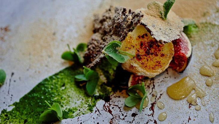 pepe-charlot-bouche-affinee-fermented-turnip-linseed-cracker-smoked-honey-cucina-gourmet-sudafrica-700