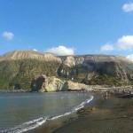 visitare isole eolie spiaggia