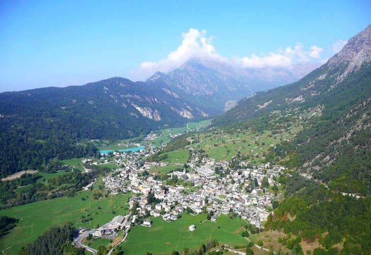 Foto-panoramica-Val-d'Ayas-700