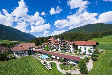 2-Dolomit-Family-Resort-Garberhof3