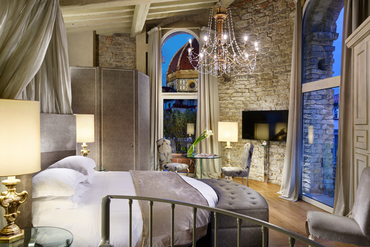 brunelleschi-hotel-a-firenze-Pagliazza-Tower-Suite-bedroom-700