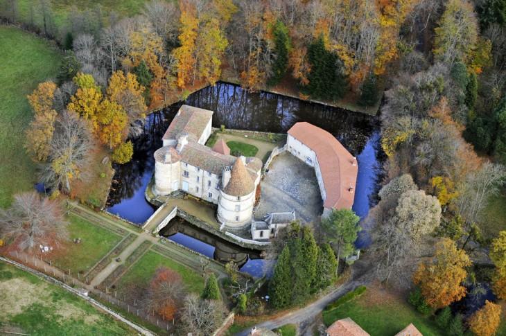 dormire in un castello in Alvernia