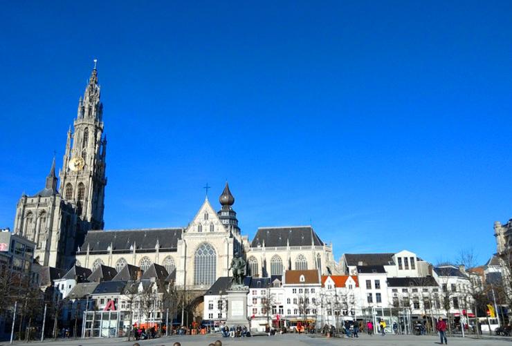 Anversa-viaggio-nelle-fiandre-consigli-per-disabili-700