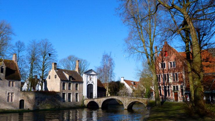 Bruges-viaggio-nelle-fiandre-consigli-per-disabili-700