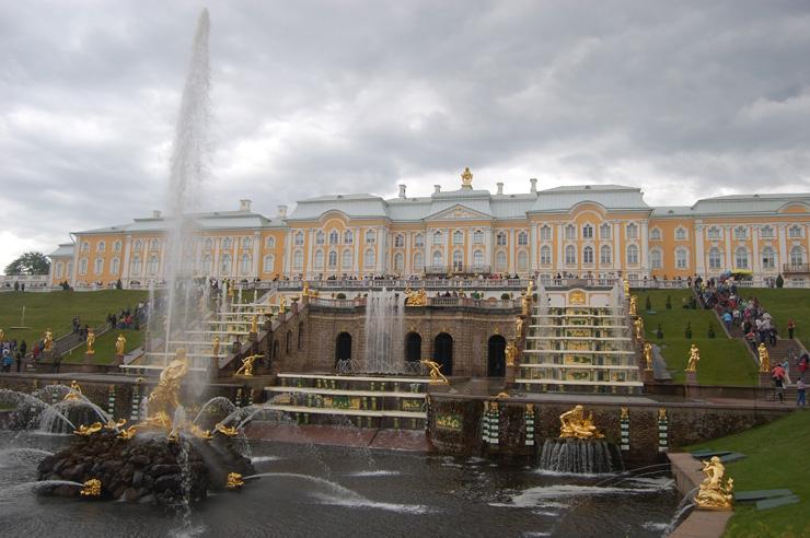 9-Peterhof-notti-bianche-a-san-pietroburgo-700