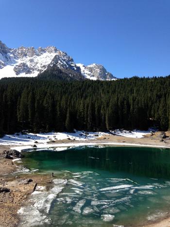 Lago-Carezza-vacanze-accessibili-in-trentino-350
