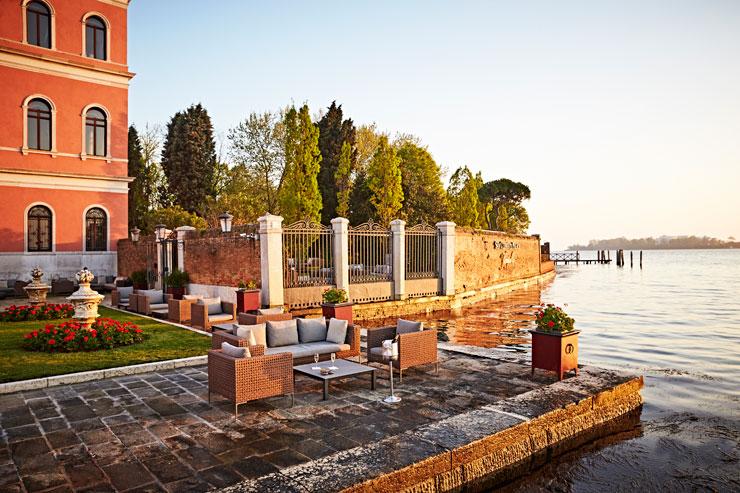 Acquerello-terrace-San-Clemente-Palace-Venezia-700