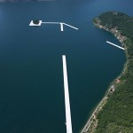Christo-sul-lago-d-iseo-THE-FLOATING-PIERS-IN-COSTRUZIONE-300
