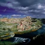 Toledo-panorama-con-el-r+¡o-Tajo-®-Ente-Spagnolo-del-Turismo-Turespa-300