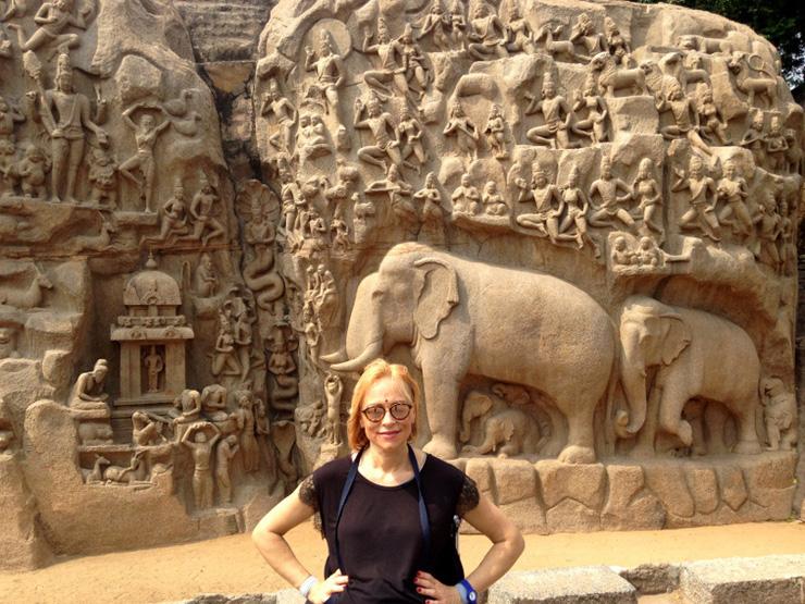 la-discesa-del-gange-templi-di-mahaballipuram-tamil-nadu-india-in-sedia-a-rotelle-700