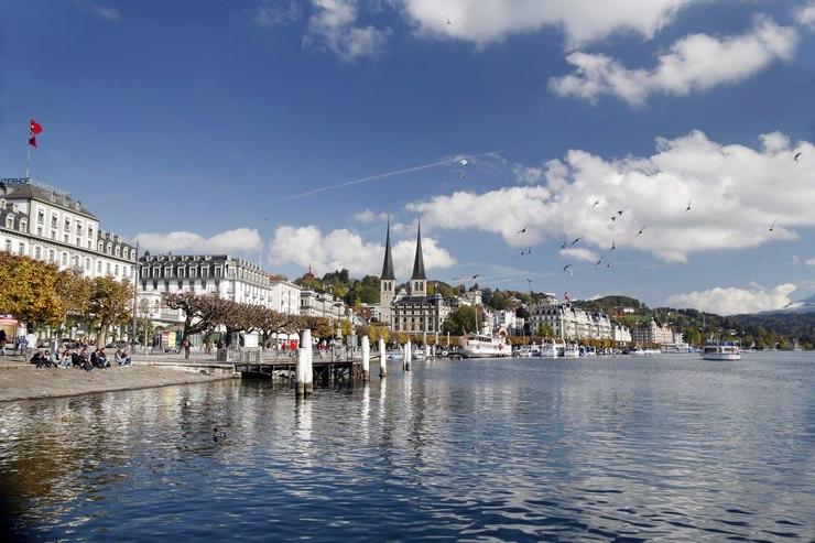 Lungo il lago di Lucerna