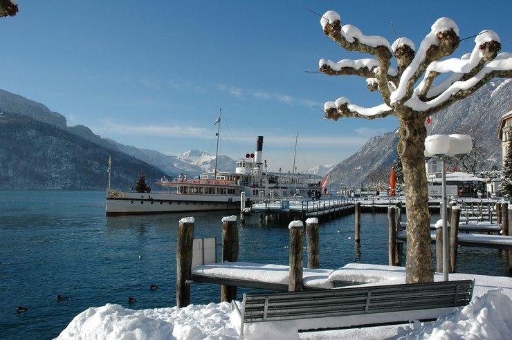Cosa vedere a Lucerna d'inverno: battello sul lago dei Quattro Cantoni