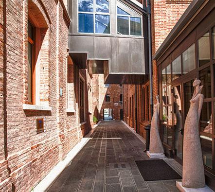 exterior-walkway-442x442