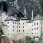 castello-predjama-velia-ivaldi