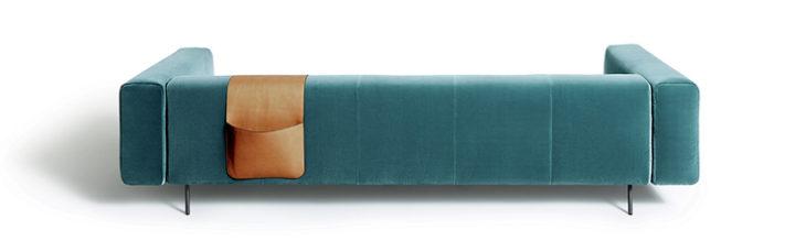 Erei è un divano modulare, composto da pouf e tavolini. Solido, si appoggia sul pavimento, con gambe estremamente esili, contagiando l'ambiente con tutta la sua leggerezza