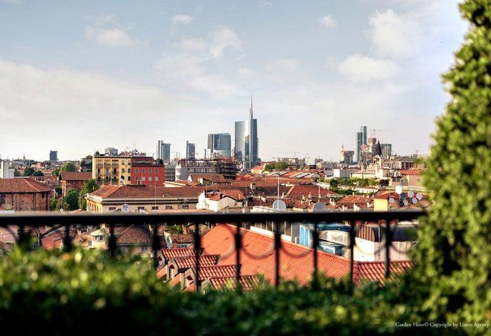 Aperitivo Terrazza Hotel Milano Scala