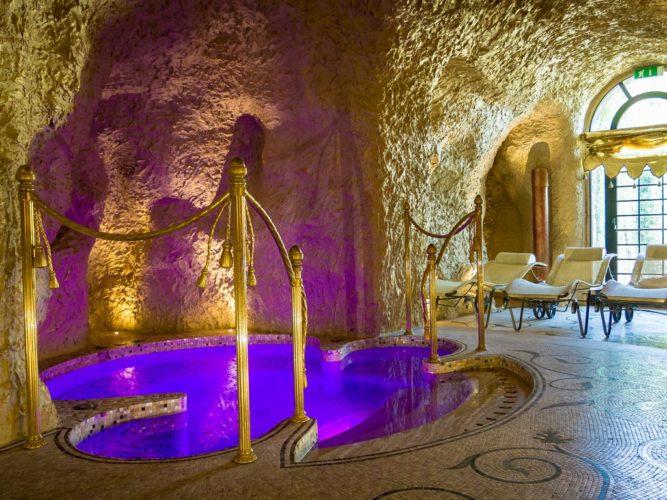 Grotta Palazzo Aminta