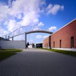 Ammirare le mostre in corso al Vitra Design Museum, una meta da non perdere per chi ha scelto l'europa, ma soprattutto per gli appassionati dell'arte e dell'architettura contemporanea. Una visita al Campus per ammirare i più grandi architetti di fama mondiale e le loro soluzioni pratiche.