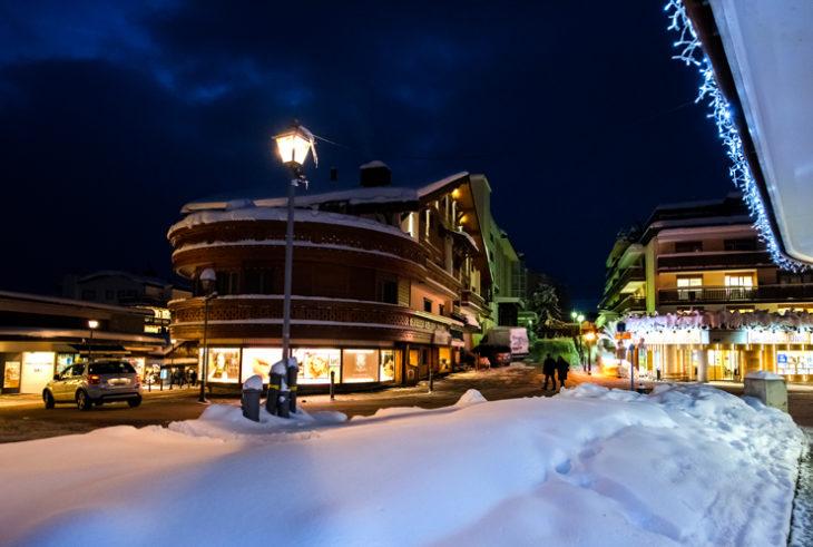 Tante novità in arrivo per gli amanti della Svizzera: la stagione invernale 2019/20 si preannuncia come una momento ideale per visitare questa splendida nazione. Diverse, infatti, sono le iniziative proposte per i turisti in arrivo, per permettere di apprezzare ulteriormente una terra già molto affascinante.