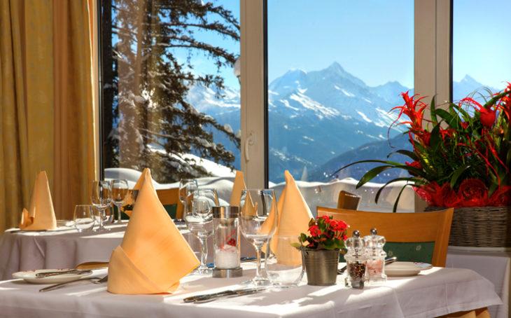Nel cuore di Crans-Montana, l'helvetia Intergolf è tra i 100 hotel più accoglienti della Svizzera.
