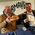 """Courmayeur è ufficialmente la nuova località del circuito di """"Best of the Alps"""". L'annuncio a Milano dall'assessore al turismo di Courmayeur, Ivan Parasacco, e il presidente del Csc, Andrea Farinet."""