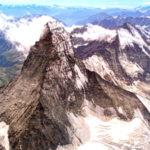 Se ne parlerà Domenica 26 aprile alle 18:00 in diretta live Instagram Hervé Barmasse, alpinista e atleta del Team The North Face, Vincenzo Torti, Presidente del CAI e Pietro Giglio, Presidente delle Guide Alpine Italiane.