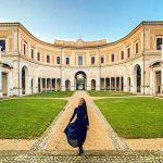 """""""Roma, la Bellezza è nata qui"""" è la clip realizzata da Zara Magliozzi giovane art & travel sharer emoziona il web e rende omaggio alla città eterna. L'idea è semplice quanto dirompente: identificare e godere del bello intorno a noi, senza necessariamente viaggiare lontano, e condividere quell'attimo online."""