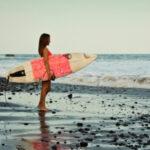 Alla ricerca dell'onda perfetta: le migliori spiagge per praticare surf in America Centrale e Repubblica Dominicana
