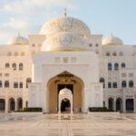 """Il Louvre Abu Dhabi e il Qasr Al Hosn aprono gratuitamente le porte a tutti i """"frontline heroes"""" del paese"""