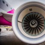 """Decolla """"Wizz Air Abu Dhabi"""""""