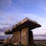 Allunaggio nel Burren: il fascino lunare dell'Irlanda
