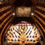 l'Orchestra del Teatro Massimo dirige la Sinfonia n. 6 in Si minore Patetica op. 74 di Pëtr Il'ič Čajkovskij
