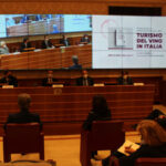 """Presentato il primo manuale: """"Turismo del vino in Italia"""", chiave strategica per la ripartenza"""