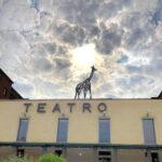 Porte aperte al Teatro Franco Parenti...con una Giraffa sul tetto