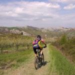 A piedi o in bici, ecco 16 itinerari da percorrere tra Emilia e Romagna