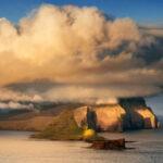 E per Settembre un viaggio verso il nord atlantico, nelle verdi e incontaminate isole Faroe