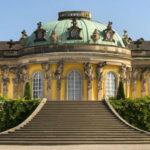 Un suggestivo viaggio nel tempo, Berlino riapre al pubblico giardini e palazzi